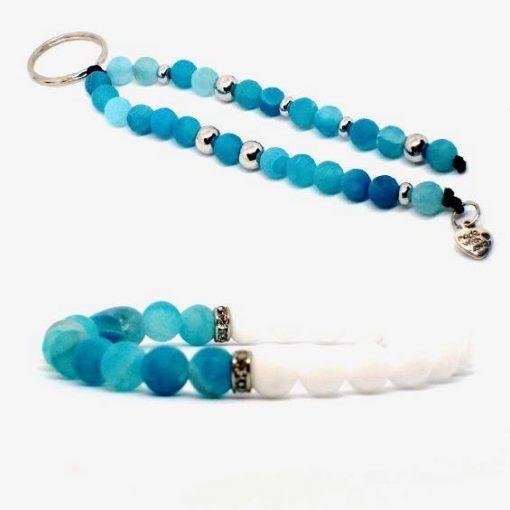 Fehér jáde és kék achát karkötő és kulcstartó szett