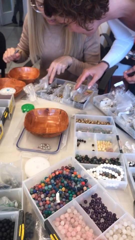 Ásvány karkötő készítő workshop